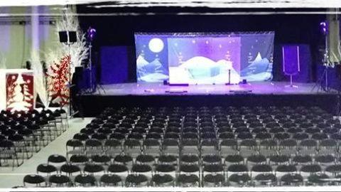 spectacle de noel pour grande salle